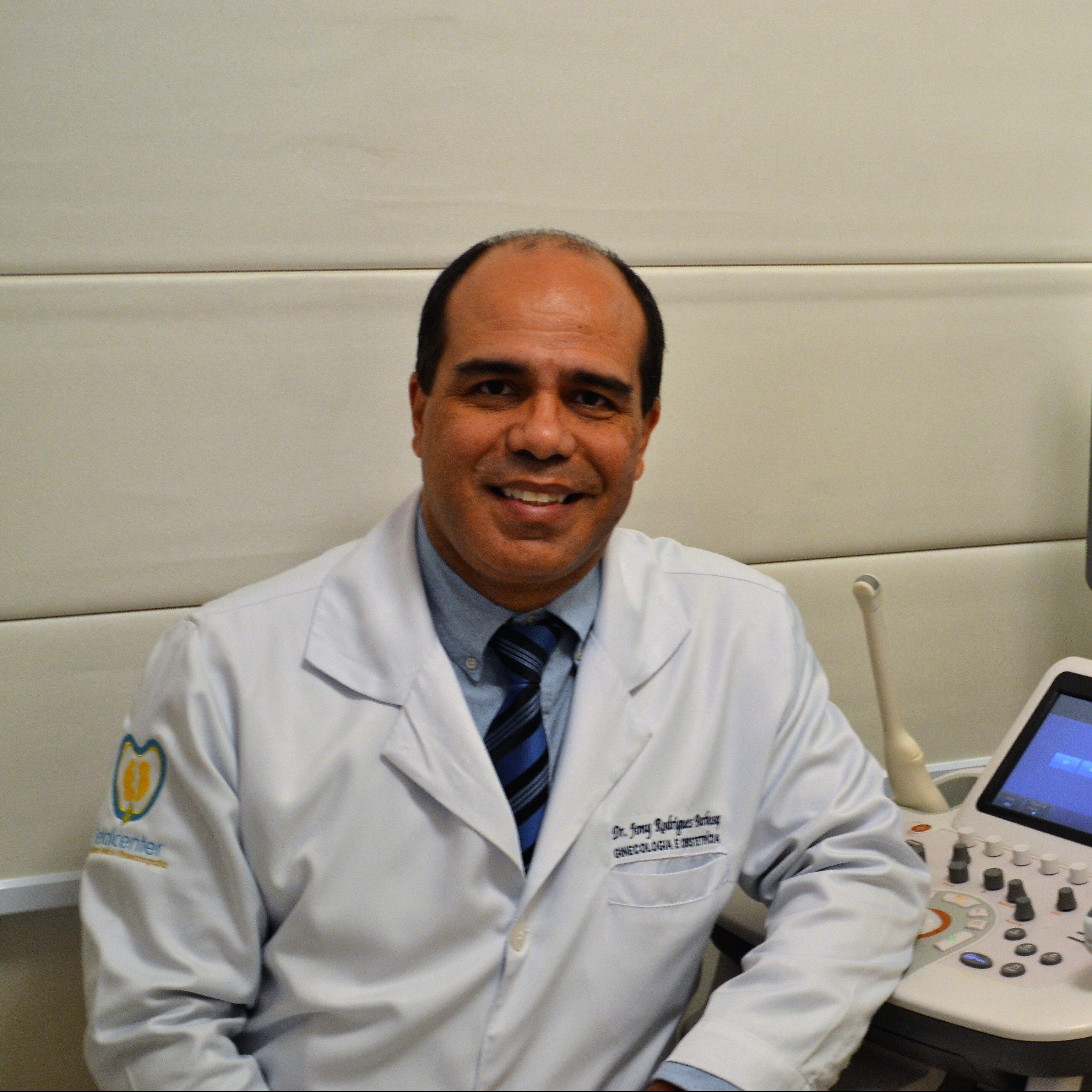 Dr. Jony R. Barbosa CRM 7652