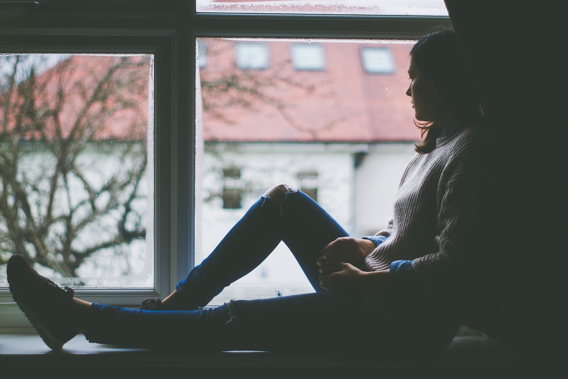 Depressão pós-parto: causas, sintomas, tratamento, diagnóstico e prevenção